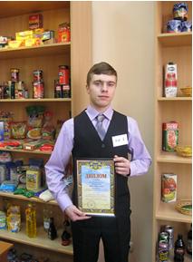Подкручний-Антон-з-професії-«Продавець-продовольчих-товарів»